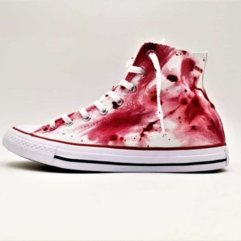 Les Converse Massacre, une paire de converse customisée pour Halloween par ATPIK Customs Sneakers