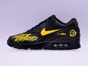 Nike Air Max 90 custom subzero par atpik custom sneakers