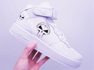 Chaussures customisées Nike AIR FORCE 1 Rotterdam terror corps par ATPIK custom sneakers