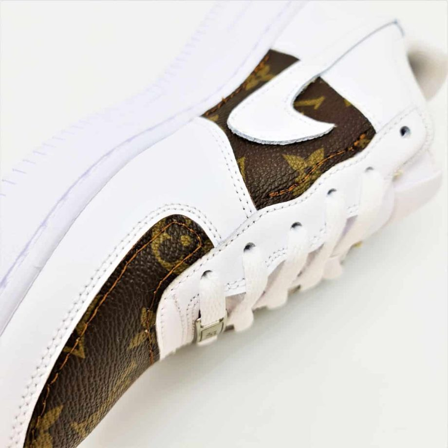 Des Nike Air Force 1 Louis Vuitton customisées avec de la toile Louis Vuitton par ATPIK Custom Sneakers.